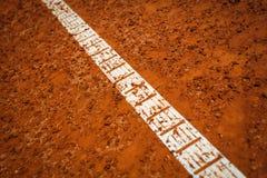 la corte fredda della priorità bassa allinea il tennis Immagine Stock