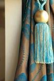 La cortina de lujo cubre y borla Fotografía de archivo libre de regalías