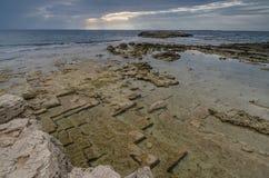 La costa, è Aruttas, Sardegna Immagine Stock