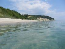 La costa costa del Mar Negro cerca de Varna, Bulgaria Foto de archivo libre de regalías
