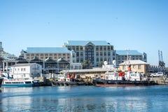 La costa de V&A en Cape Town, Suráfrica Fotos de archivo libres de regalías