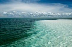 La costa del océano fotografía de archivo libre de regalías