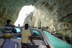 La costa del parque nacional de Gargano en Puglia, Italia Imagen de archivo libre de regalías