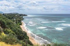 La costa a lo largo de Diamond Head Road en Oahu, Hawaii foto de archivo