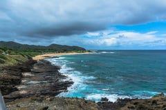 La costa a lo largo de Halona en Oahu, Hawaii imagen de archivo