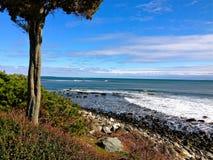 La costa pasa por alto imagen de archivo libre de regalías