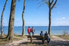 La costa ripida di Brodtener vicino al nde del ¼ di Travemà fotografia stock