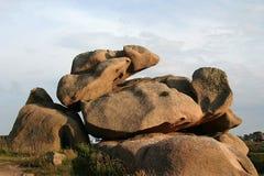 La costa rosada del granito en Bretagne Fotografía de archivo