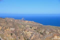 La costa septentrional cerca de Camacha en Oporto Santo, Madeira, Portugal imágenes de archivo libres de regalías