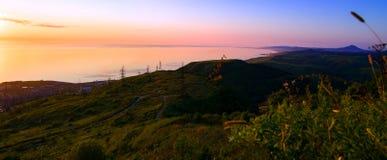 La costa sudoccidentale dell'isola di Sakhalin immagini stock