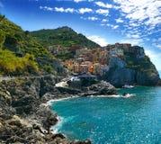 La costa variopinta in Cinque Terre, Liguria, Italia Immagini Stock Libere da Diritti