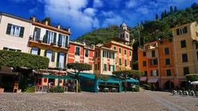 La costa variopinta in Portofino, Italia Immagine Stock