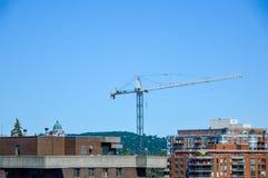 La costruzione degli edifici costosi del condominio Fotografia Stock