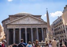 La costruzione del panteon a Roma Italia ora è una chiesa ma precedentemente era una costruzione ha dedicato tutti i dei di Roma  Immagini Stock