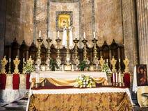 La costruzione del panteon a Roma Italia ora è una chiesa ma precedentemente era una costruzione ha dedicato tutti i dei di Roma  Immagine Stock Libera da Diritti