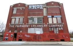 La costruzione di abbandono di latteria di Fairmont a Detroit Michigan fotografia stock