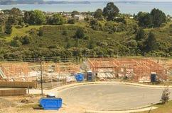 La costruzione di legno della casa, costruente si dirige in Nuova Zelanda immagine stock libera da diritti