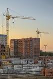 La costruzione di nuovi condomini Immagine Stock