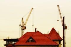 La costruzione di nuovi edifici fotografia stock libera da diritti