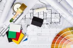 La costruzione progetta con imbiancare gli strumenti, la tavolozza di colori ed il MI Fotografia Stock