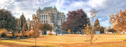 La costruzione un bello giorno di autunno, Victoria del Parlamento è la m. Immagini Stock Libere da Diritti