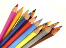 La couleur crayonne l'installation image stock