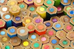 La couleur crayonne le macro de fond Photos libres de droits