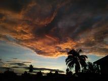 La couleur de mon clodly lever de soleil de matin de gloire photos stock