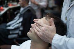 La coupe de cheveux du monsieur Photographie stock libre de droits