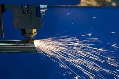 La coupe de laser de fibre de commande numérique par ordinateur Photographie stock libre de droits