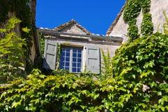 La Couvertoirade en medeltida stärkt stad i Frankrike Arkivbild