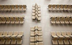 La couverture de chaises en métal avec upholstergy Photos stock