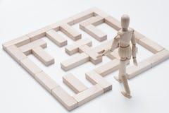 La créativité pensent le labyrinthe rêveur différent de défi image libre de droits