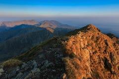 La crête de Negoiu Montagnes de Fagaras, Roumanie Photographie stock