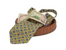La cravate, équipe la courroie en cuir et de billet de cinquante dollars. Photographie stock
