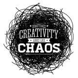 La creativit? a volte assomiglia a caos, progettazione di citazione di vettore della metafora illustrazione di stock