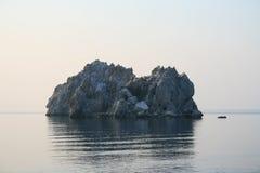 La Crimée. Gurzuf. Deux roches en mer Images libres de droits