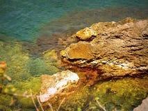 La Crimea - grandi pietre sul mare Immagine Stock