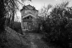 La cripta del vampiro fotografía de archivo libre de regalías
