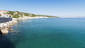 La Croatie, Kvarner, île de Krk, ville de silo Images stock