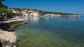La Croatie, Kvarner, île de Krk, ville de silo Photo libre de droits