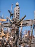 La crocifissione di Chris alla collina degli incroci in Siauliai, Lit Immagini Stock