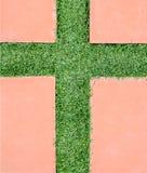 La croix est faite à partir de l'herbe Image libre de droits