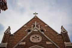 La croix sur une église Image libre de droits