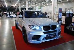 La cruce de los deportes de una clase superior de BMW X6 M E71 en ` de la expo del azafrán del `, 2012 moscú Imagen de archivo