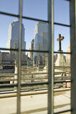 La cruz en el comercio mundial se eleva sitio conmemorativo para el 11 de septiembre de 2001, New York City, NY Fotografía de archivo