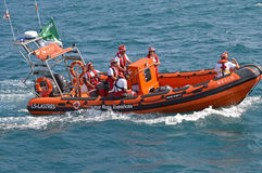 La Cruz Roja española que cubre evento que se divierte de A Fotos de archivo