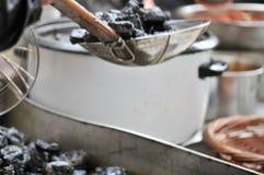 la cuajada de habichuelas preservada Fuerte-que olía/fermentó la cuajada de habichuelas con la cuajada del olor/de habichuelas co imágenes de archivo libres de regalías