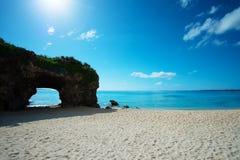 La cueva en la playa de SUNAYAMA, Okinawa Prefecture /Japan Imagen de archivo libre de regalías