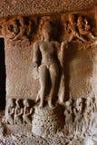 La cueva 9, las figuras talladas salió de las cuevas de Aurangabad del vestíbulo, Aurangabad Fotos de archivo